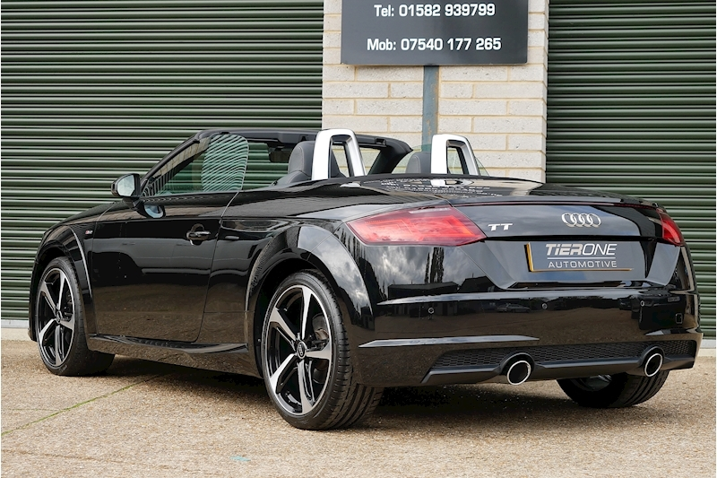 Audi TT Tfsi S Line Black Edition - Large 32