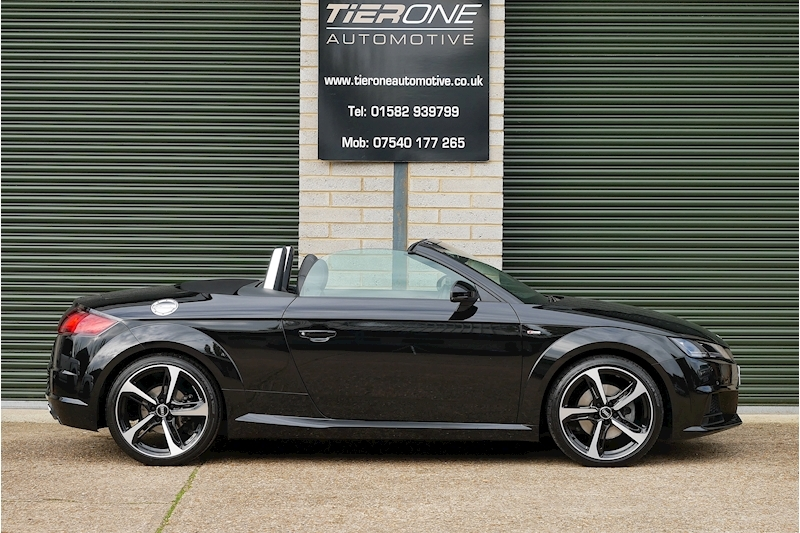 Audi TT Tfsi S Line Black Edition - Large 2