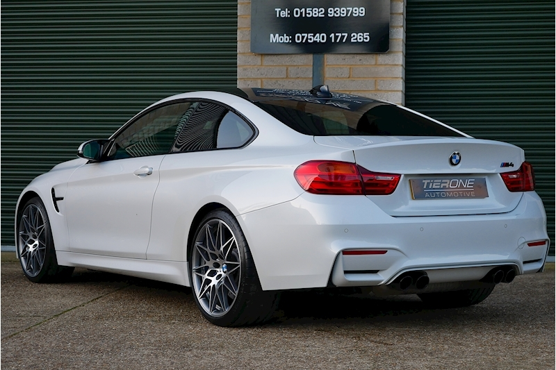 BMW M4 Competition Pack - Large 35