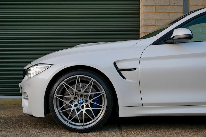 BMW M4 Competition Pack - Large 26