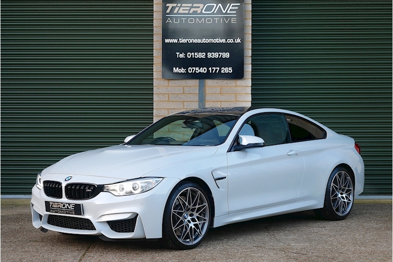 BMW M4 Competition Pack - Large 0