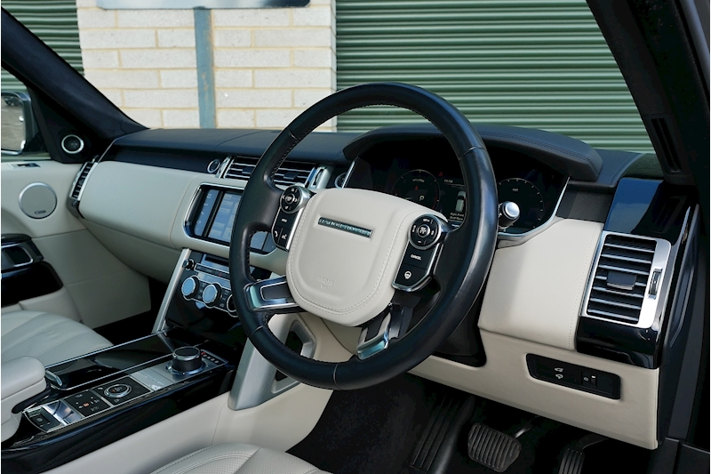 Land Rover Range Rover Sdv8 Autobiography - Large 24