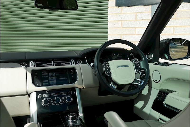 Land Rover Range Rover Sdv8 Autobiography - Large 26