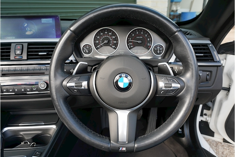 BMW 4 Series 435i M Sport Convertible - Large 14