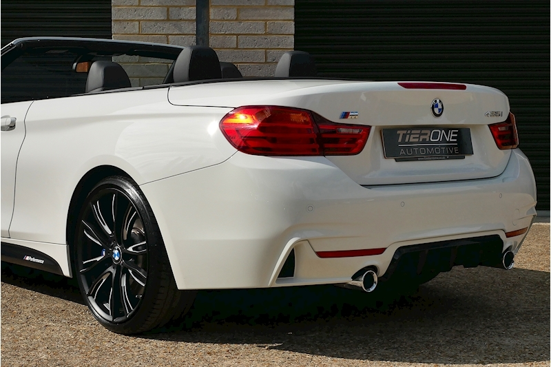 BMW 4 Series 435i M Sport Convertible - Large 29