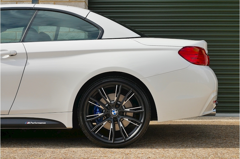 BMW 4 Series 435i M Sport Convertible - Large 26