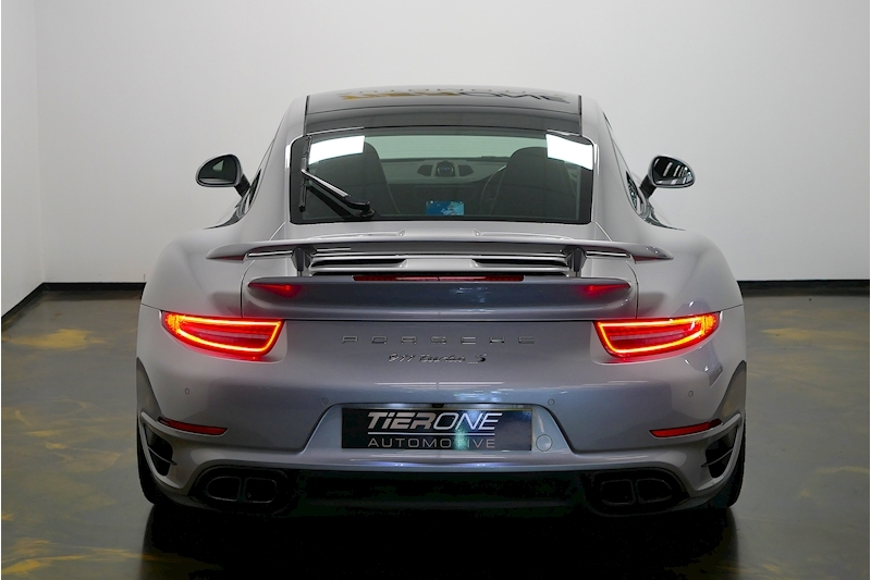 Porsche 911 991 Turbo S - Large 30