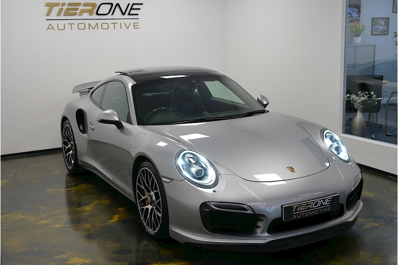 Porsche 911 991 Turbo S - Large 45