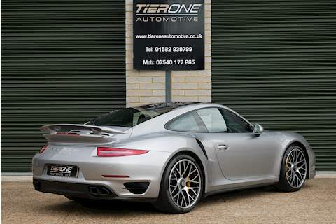 Porsche 911 991 Turbo S - Large 1