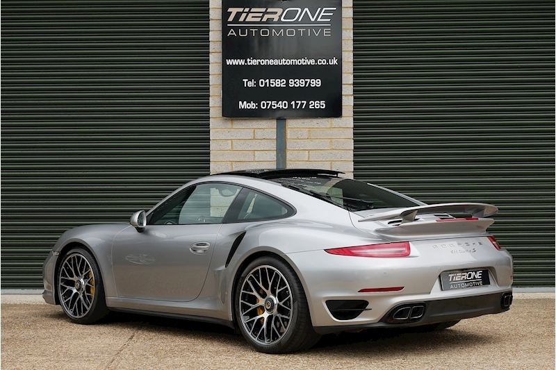 Porsche 911 991 Turbo S - Large 9