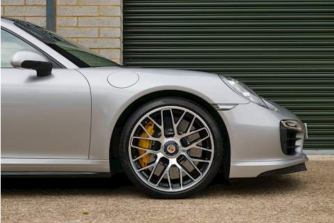 Porsche 911 991 Turbo S - Large 39