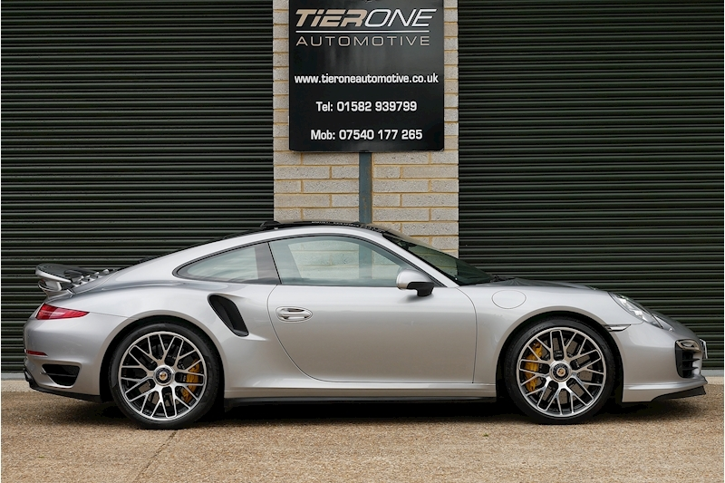 Porsche 911 991 Turbo S - Large 2