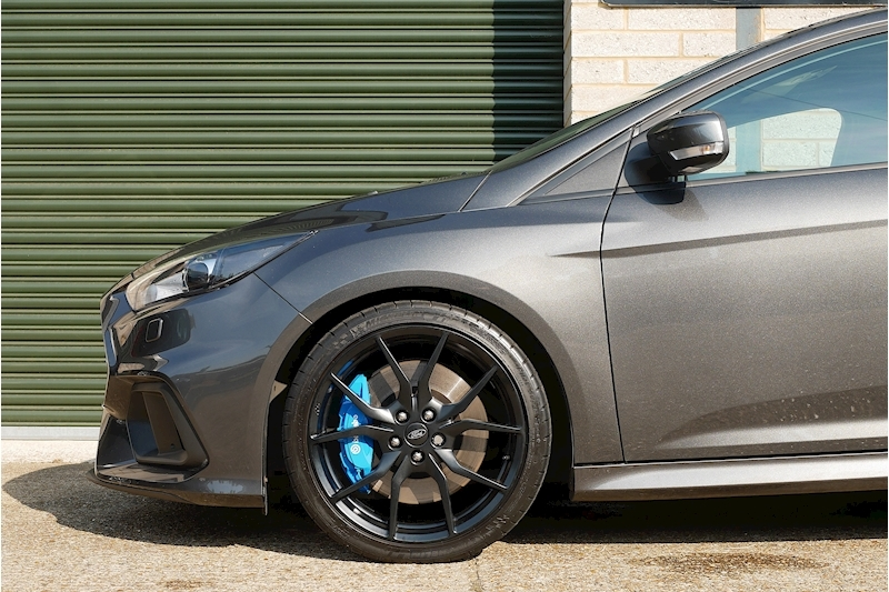 Ford Focus RS - Large 23