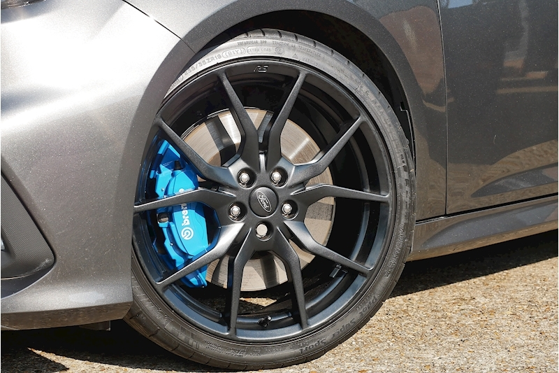 Ford Focus RS - Large 5