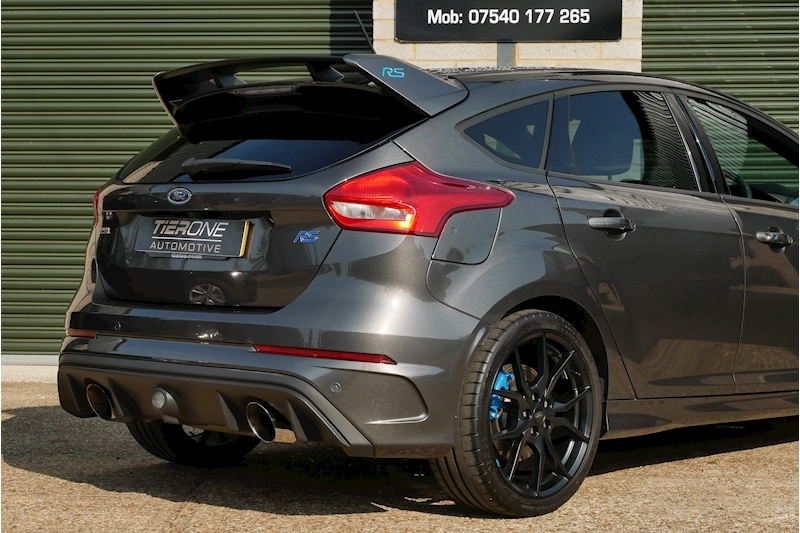 Ford Focus RS - Large 30