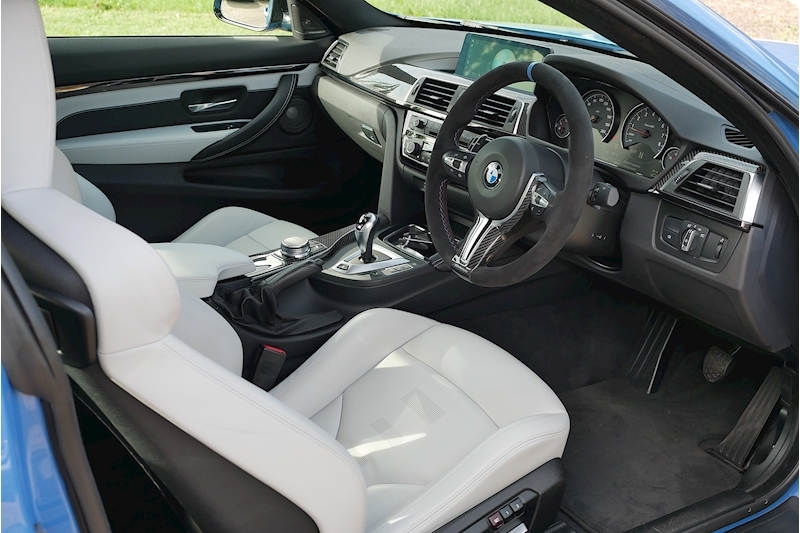 BMW M4 Competition Package - Large 11