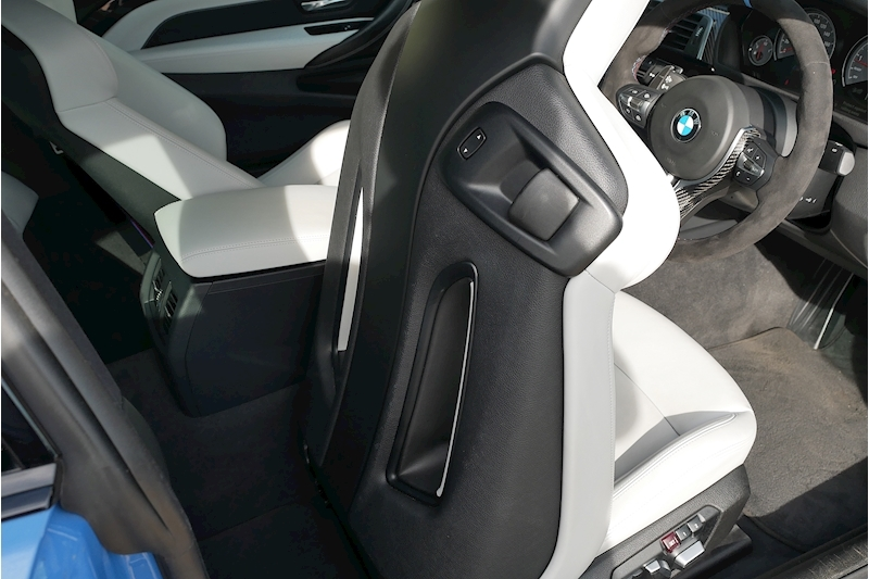 BMW M4 Competition Package - Large 21
