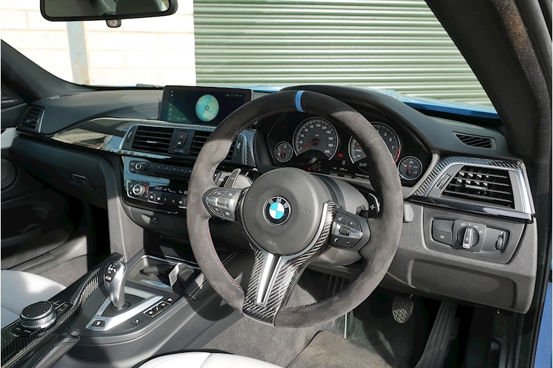 BMW M4 Competition Package - Large 13
