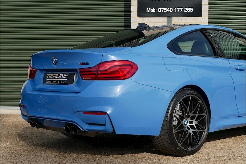 BMW M4 Competition Package - Large 28