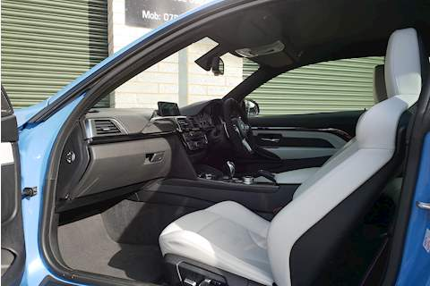 BMW M4 Competition Package - Large 3