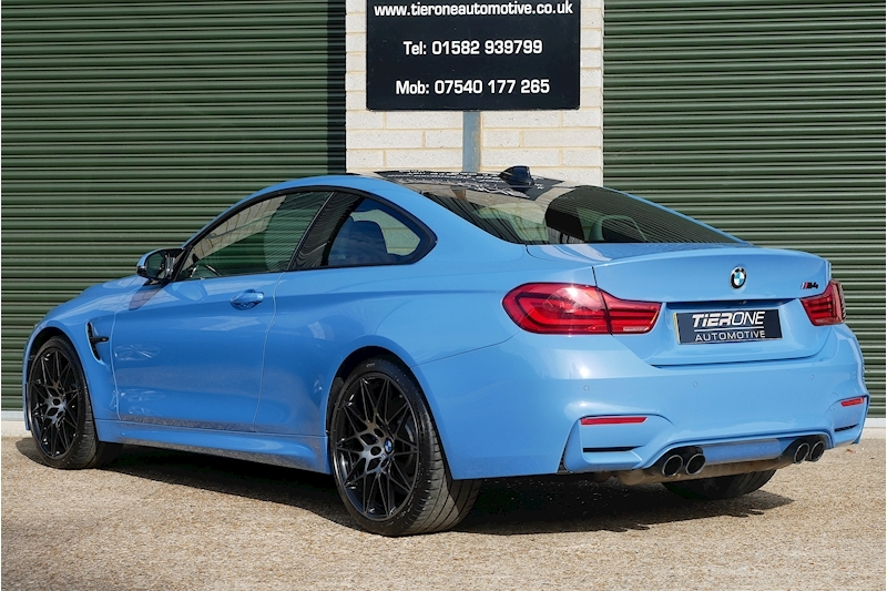 BMW M4 Competition Package - Large 36