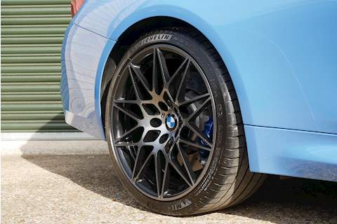 BMW M4 Competition Package - Large 34