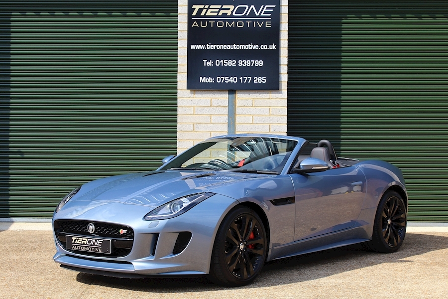 Jaguar F-Type V8 S - Large 0