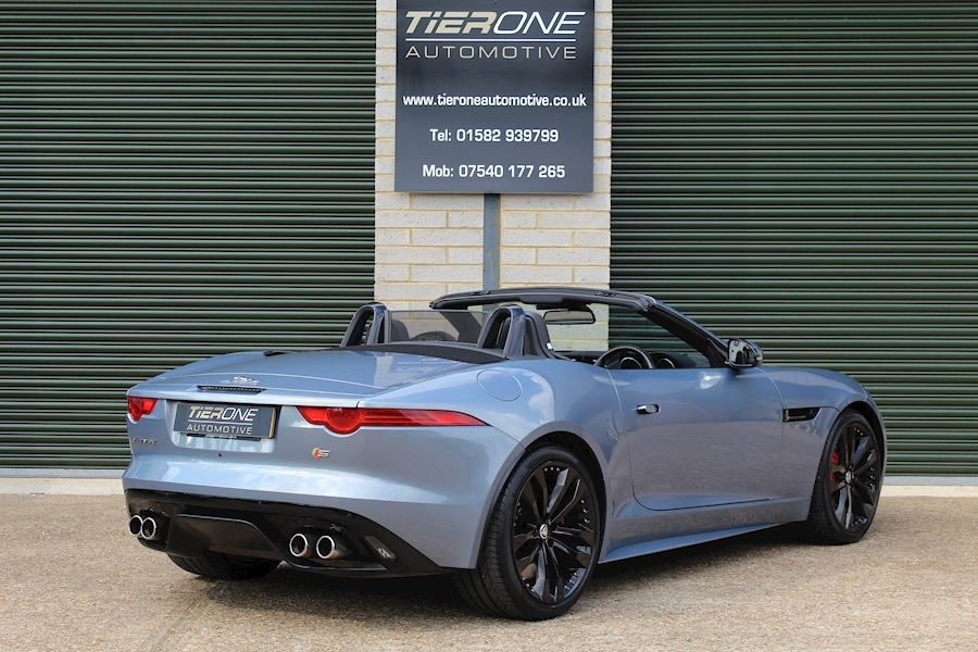 Jaguar F-Type V8 S - Large 1