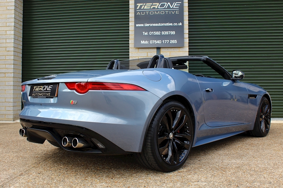 Jaguar F-Type V8 S - Large 41