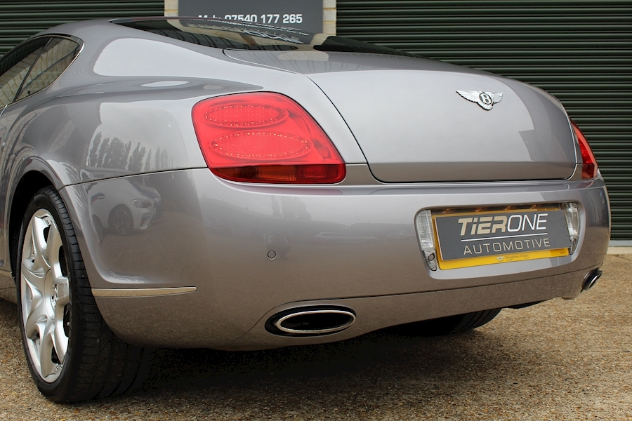 Bentley Continental 6.0 GT - Large 38