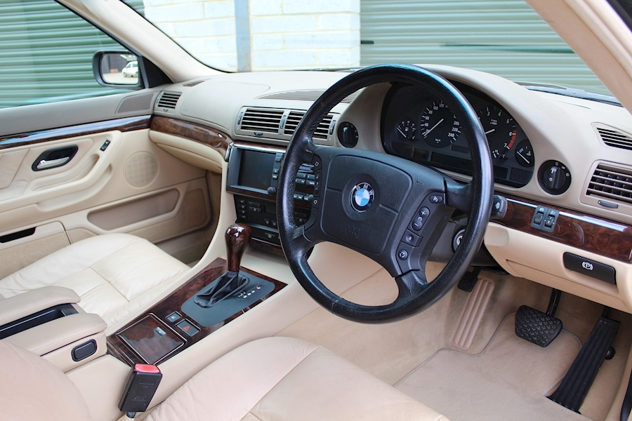 BMW 7 Series E38 740i SE - Large 10