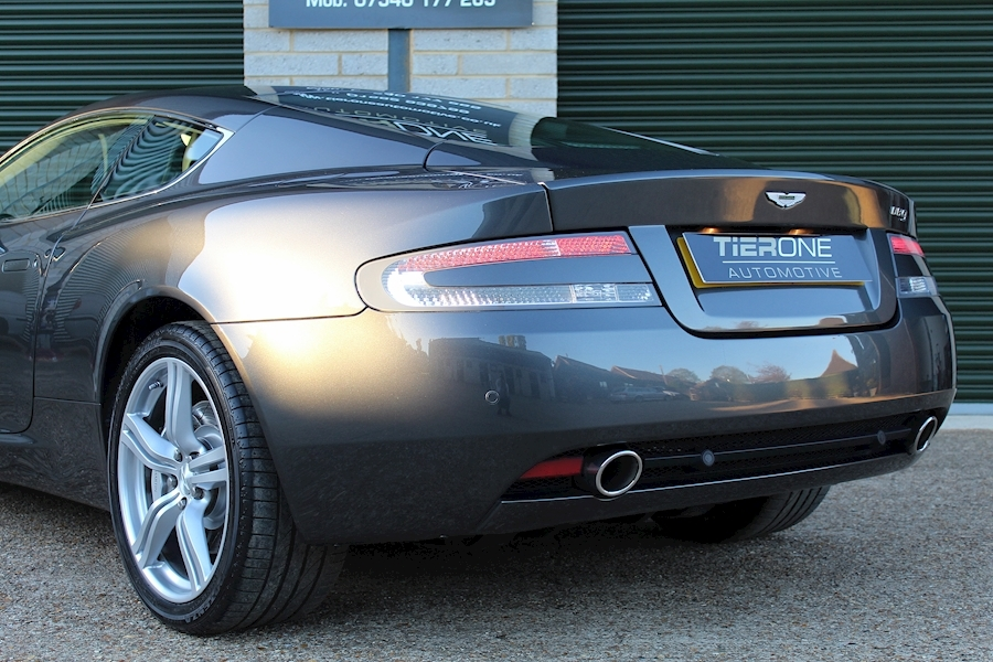 Aston Martin Db9 V12 - Large 23