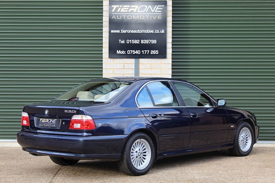 BMW 5 Series 530I Se - Large 2