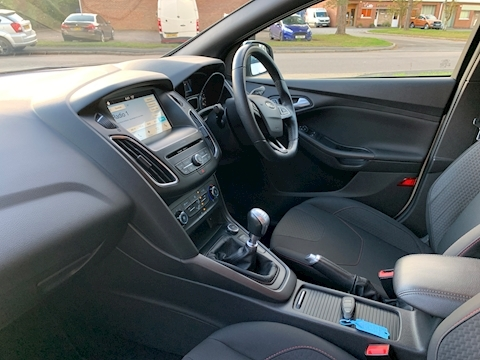 Focus St-Line Hatchback 1.5 Manual Petrol