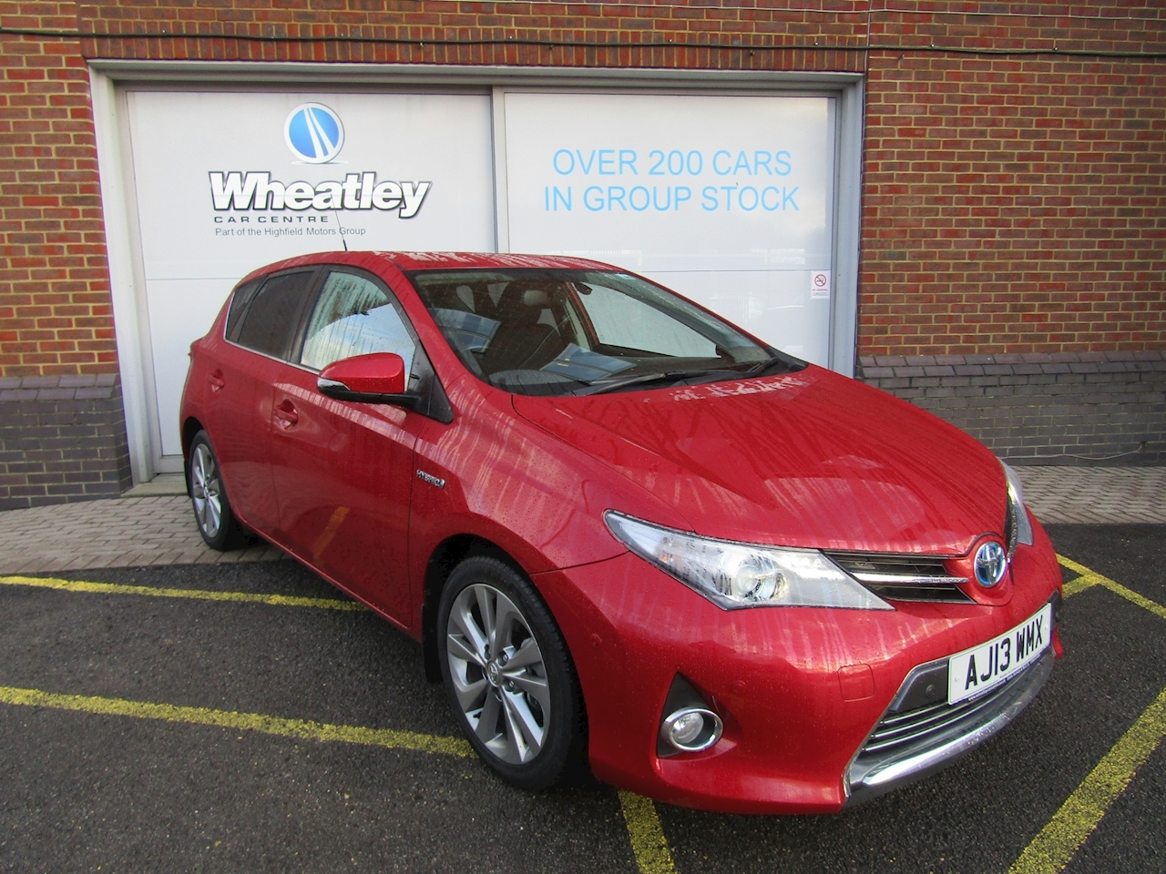 Auris Vvt-I Excel Hatchback 1.8 Cvt Petrol/Electric
