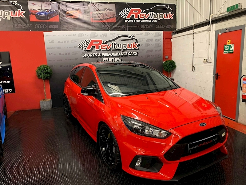 Ford Focus Focus Rs Red Edition 4X4 Hatchback 2.3 Manual Petrol