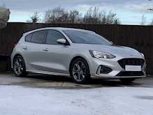 Focus ST-Line Hatchback 1.5 Manual Diesel