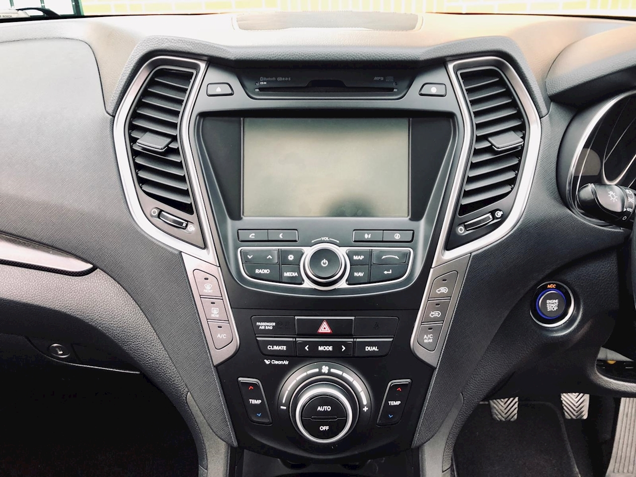 Used 2014 Hyundai Santa Fe Crdi Premium Se Estate 2 2 Manual