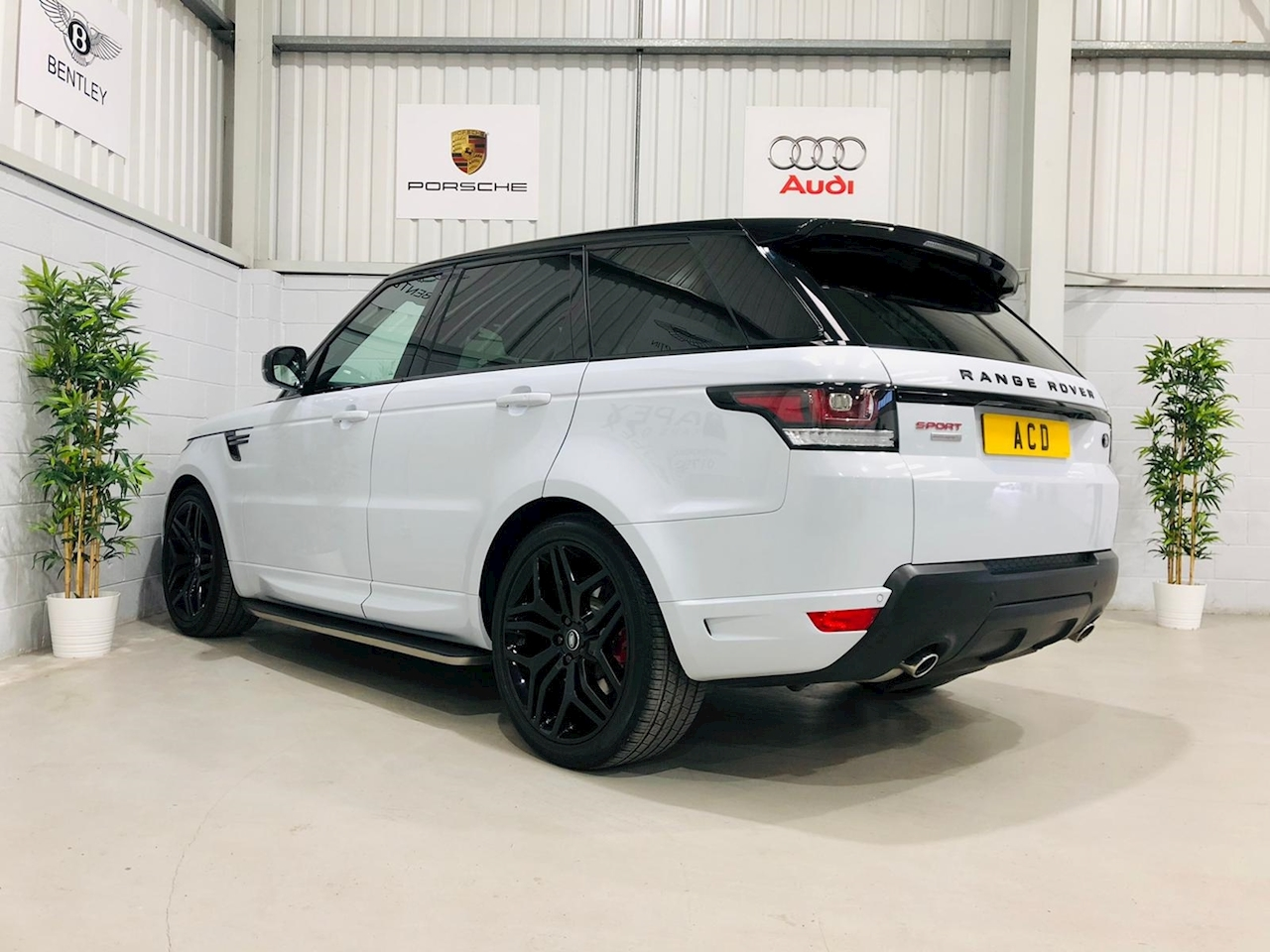 Range Rover Sport SD Autobiography Dynamic 3.0 5dr SUV Automatic Diesel