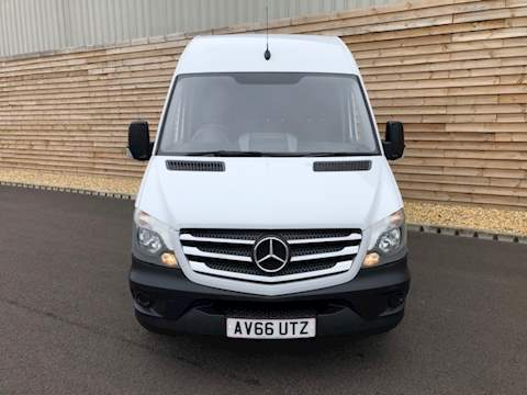 Mercedes-Benz Sprinter 314 CDI PREMIUM EDITION A/C & NAV SPRINTER 314CDI Panel Van 2.1 Manual Diesel