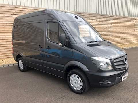 Mercedes-Benz Sprinter 316 Cdi Panel Van 2.1 Manual Diesel