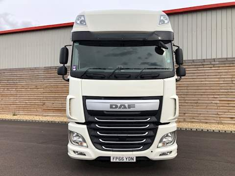 Daf Trucks XF 460 4X2 TRACTOR UNIT 460 Ft Tractor (Heavy Haulage) 12.9 Manual Diesel