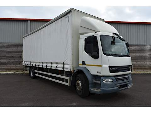 DAF LF FA 55.220 Curtain Side 6.7 Automatic Diesel