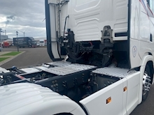 S Series  Tractor Unit 12.7 Automatic Diesel