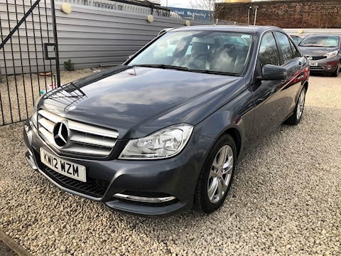 Mercedes-Benz C Class C180 Blueefficiency Executive Se Saloon 1.6 Automatic Petrol