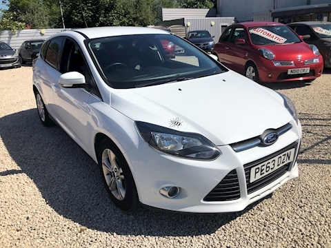 Ford Focus Zetec Hatchback 1.6 Automatic Petrol
