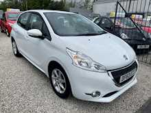 1.2 VTi Active Hatchback 5dr Petrol Manual (104 g/km, 82 bhp)