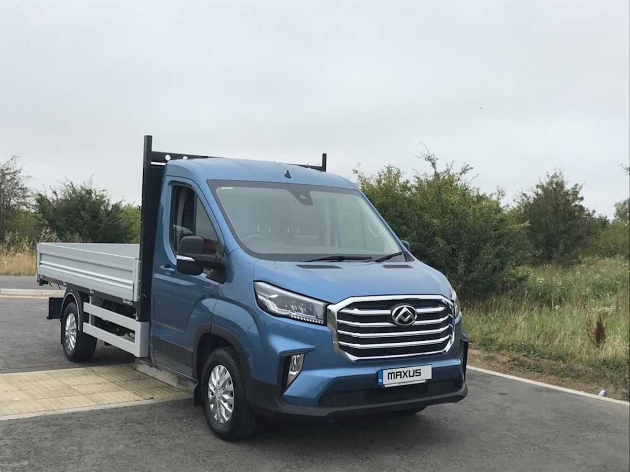 SAIC MAXUS Deliver 9 Chassis Cab RWD Basic Alloy Tipper 2.0 Manual Diesel