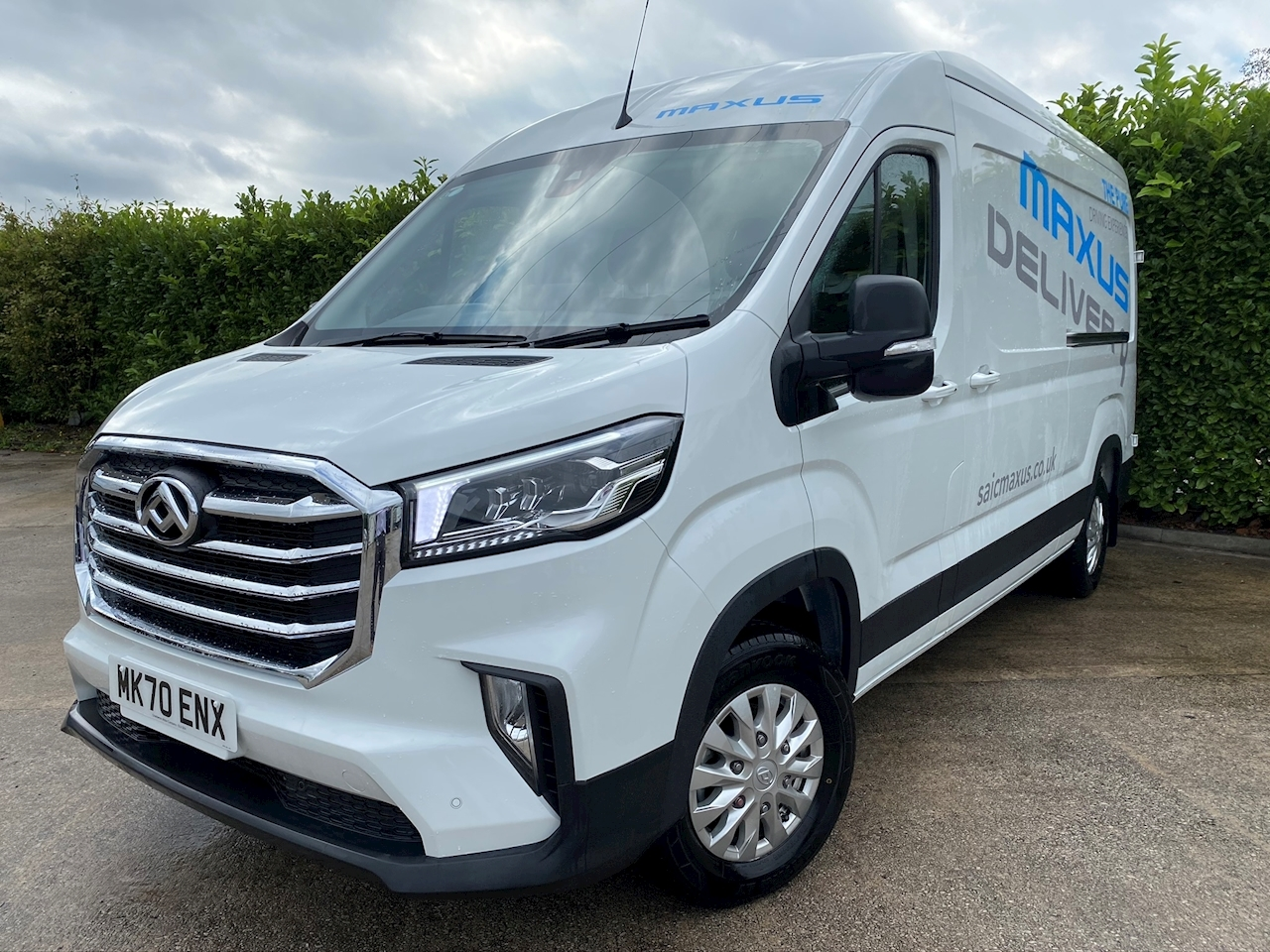 Deliver 9 RWD High Roof Lux 2.0 5dr Panel Van Manual Diesel