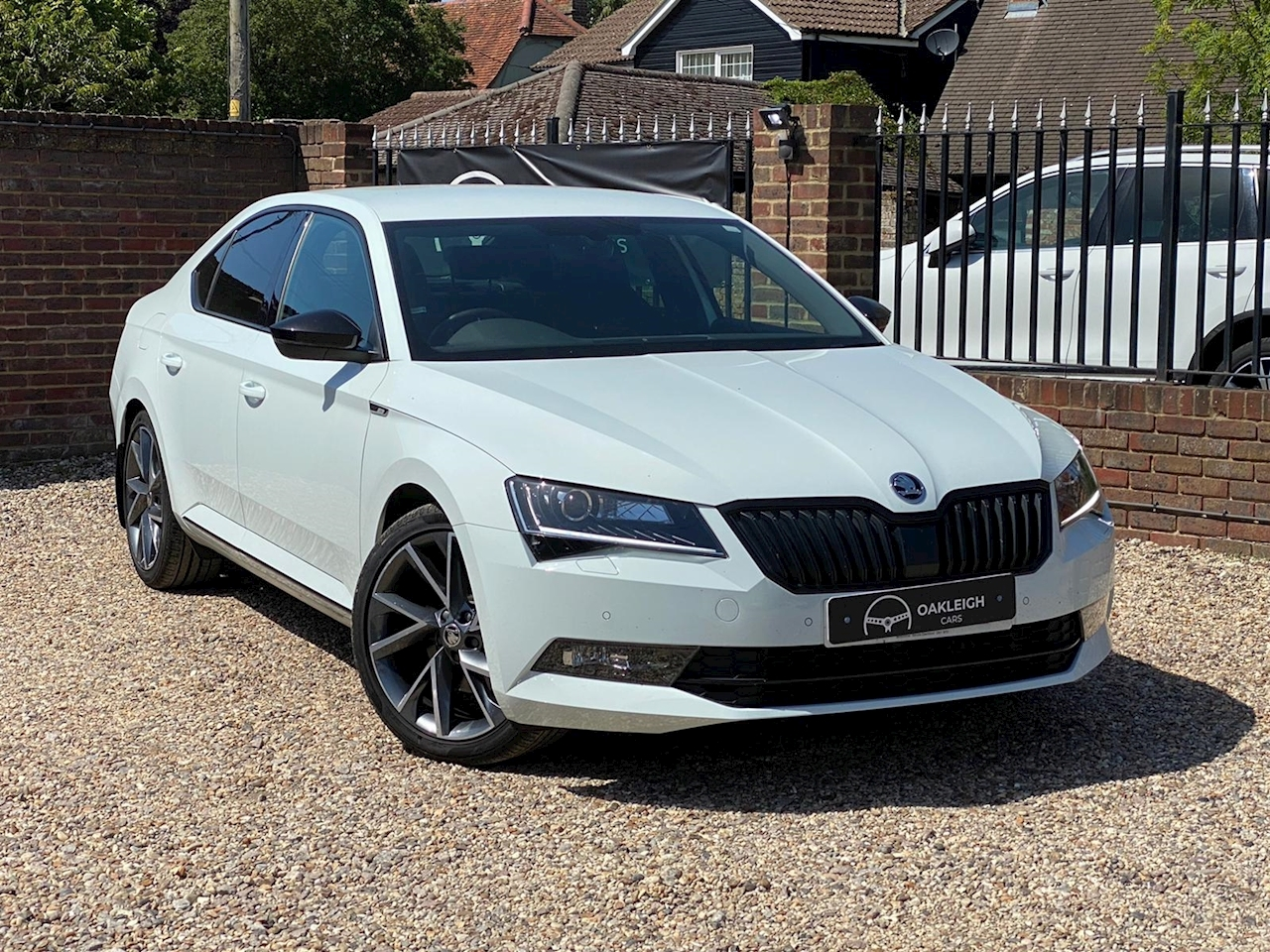 SKODA Superb SportLine 1.4 5dr Hatchback Manual Petrol